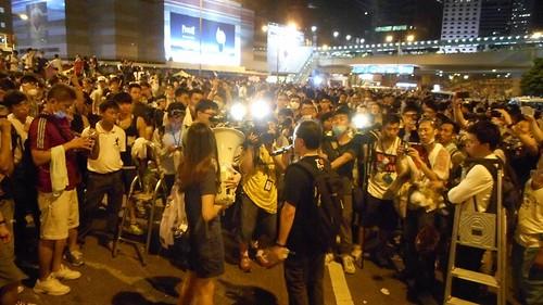 今晩の香港も眠れない4