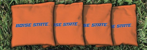 BOISE STATE UNIVERSITY BRONCOS ORANGE CORNHOLE BAGS