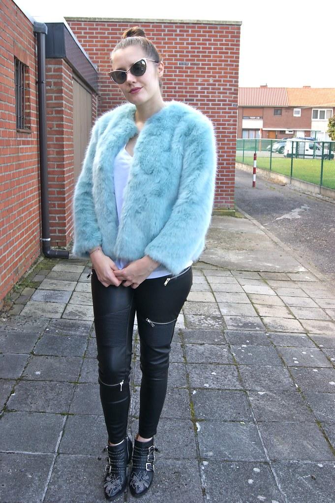 OutfitBlues11