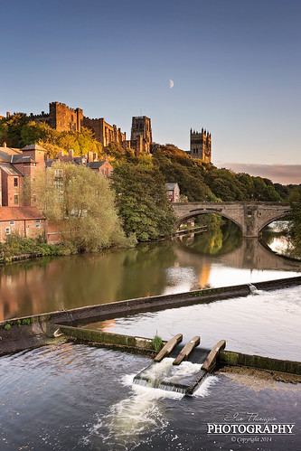 light sunset moon castle canon photography warm soft durham cathedral wear riverwear 5d cloudless durhamcity durhamcathedral halfmoon durhamcastle sidelight ef1740l 5dmkiii 5dmk3