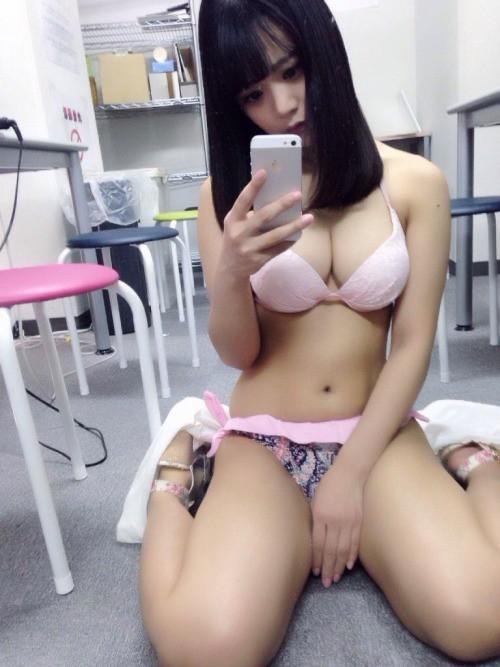 ロリ顔むちむちエロ あがりえひかり【画像86枚 動画1つ】