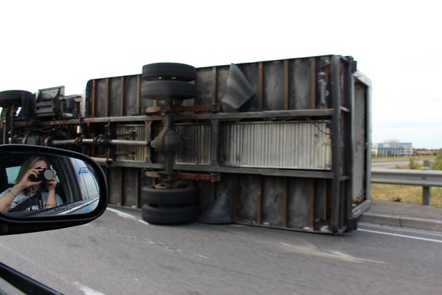 truck-rolled-over