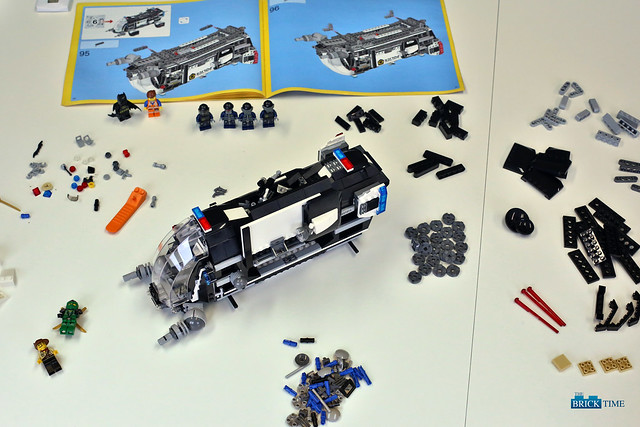 LEGO 70815: Step 5 Grav Pad Building