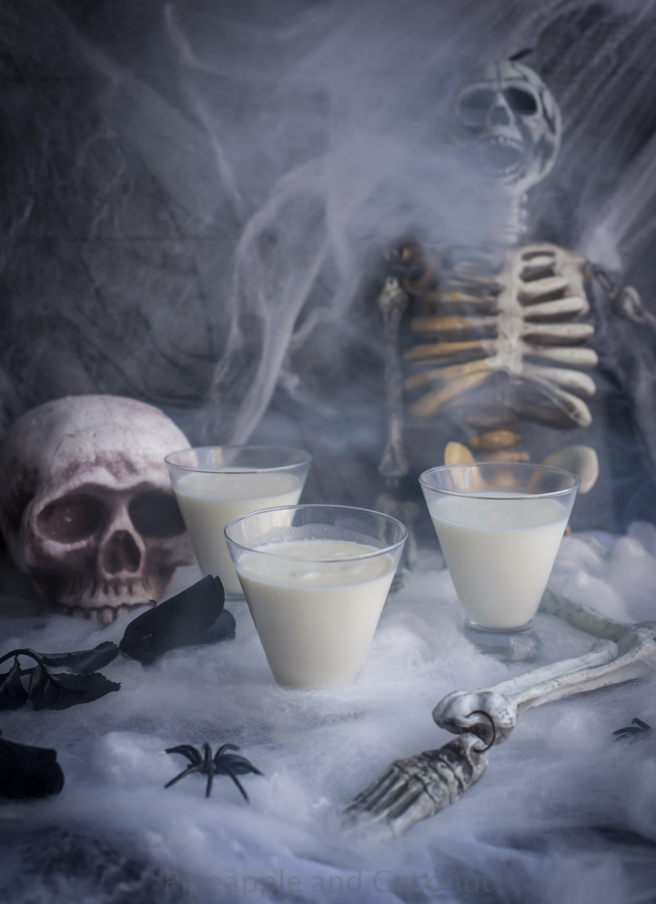 Liquid Ghost Halloween Cocktail