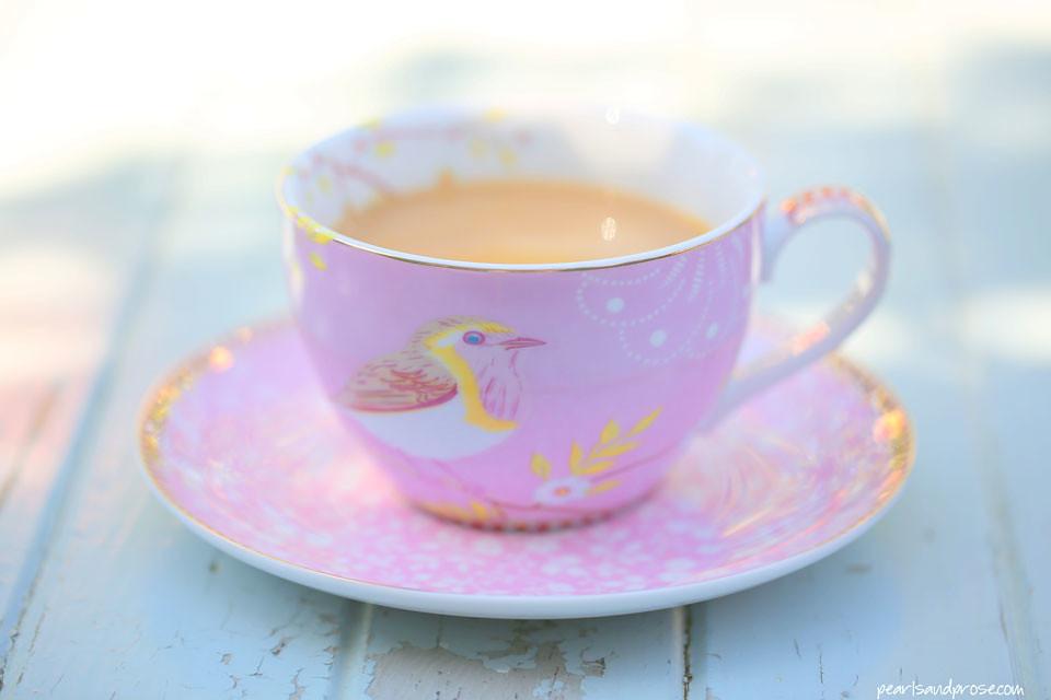 pink_coffeecup_web