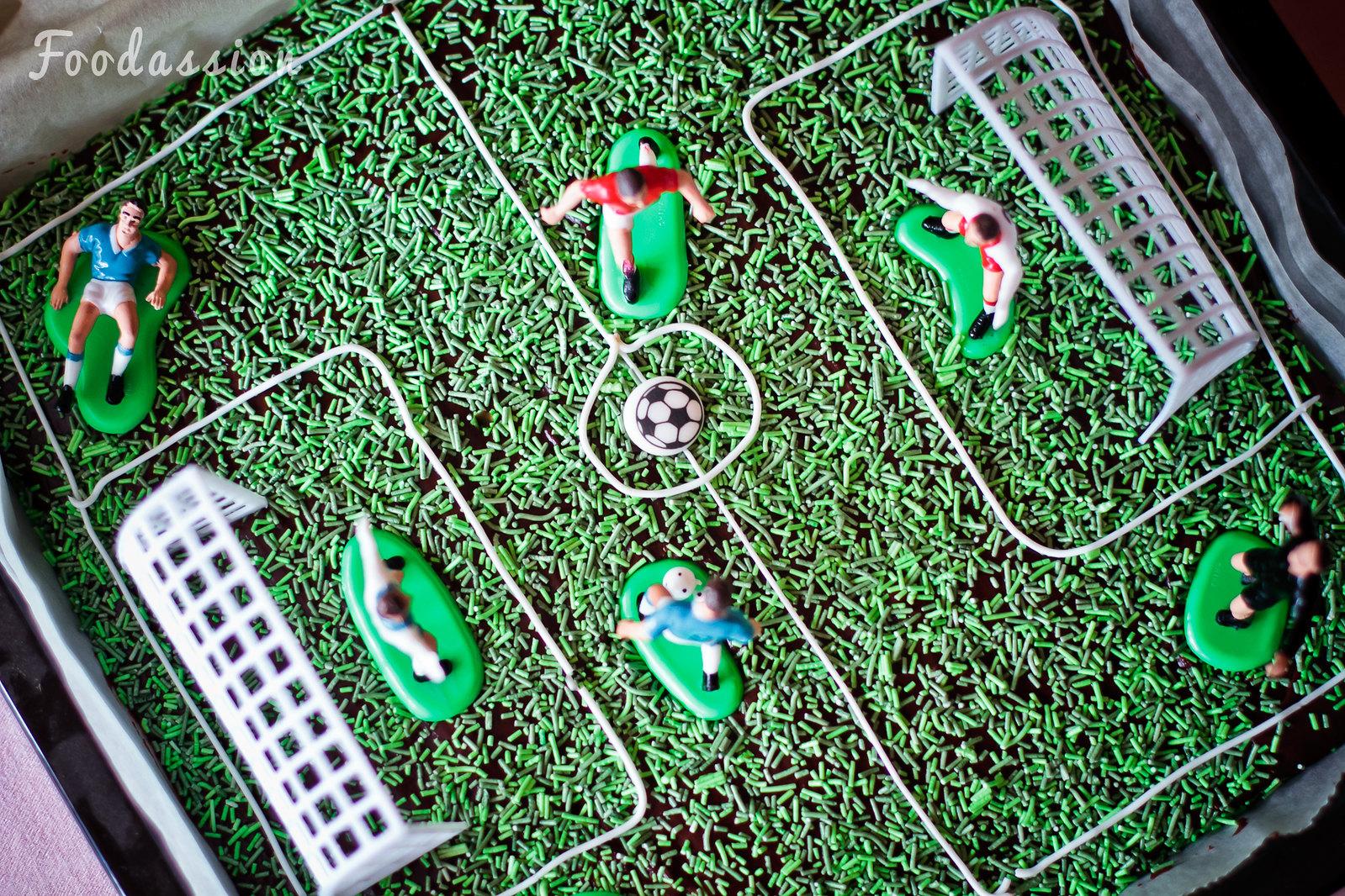 Jalkapallokenttä mokkapaloista