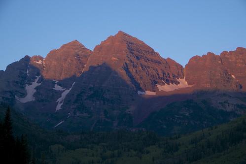 mountain lake sunrise unitedstates co maroonbells
