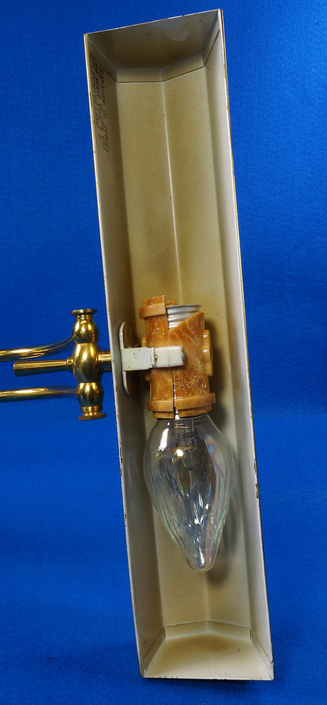RD15252 Vintage Brass & Lucite Bankers Desk Piano Portable Lamp Light 3-Way Adjustable Arm DSC08734