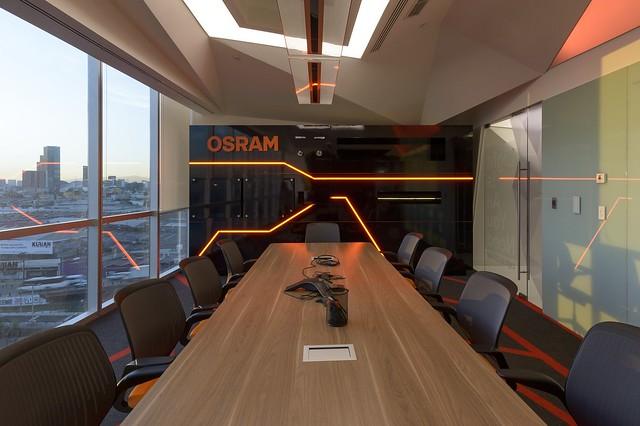 OSRAM_3109__r