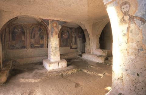 Mottola - iglesia antigua