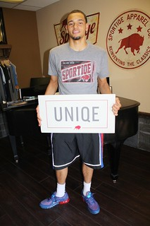 Tyler Ennis Is Uniqe