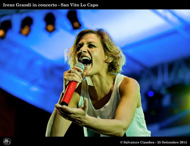 _D7C3056_bis_Irene_Grandi_in_concerto