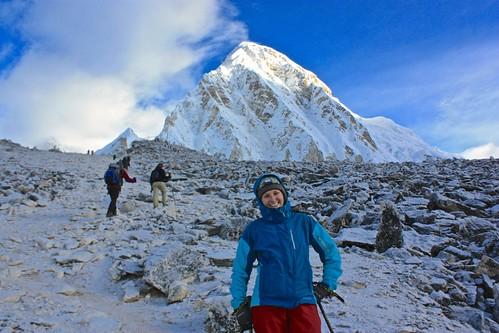 climbing Kala Patthar