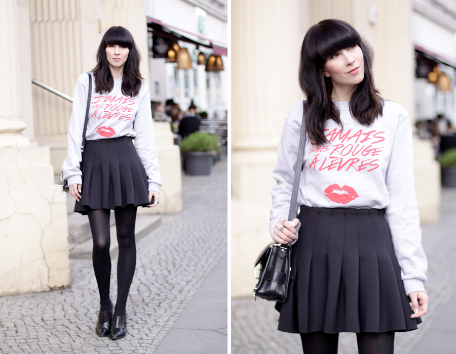 jamais sans rouge a levres jsral sweatshirt paris french kiss lips shirt skirt proenza schouler ps11 ootd outfit blogger fashionblogger ricarda schernus cats & dogs 5