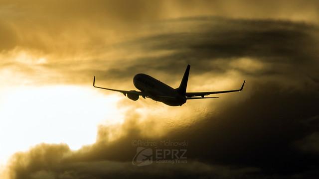 Ryanair B738