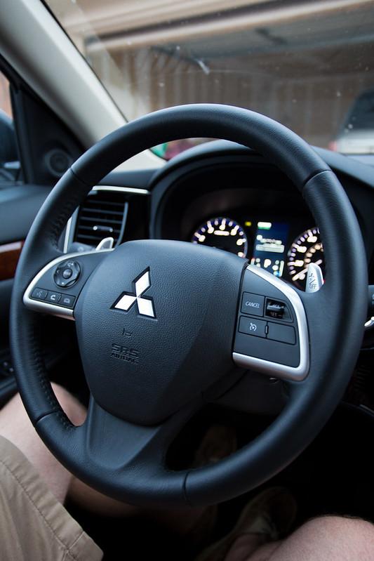 Mitsubishi Outlander-11.jpg