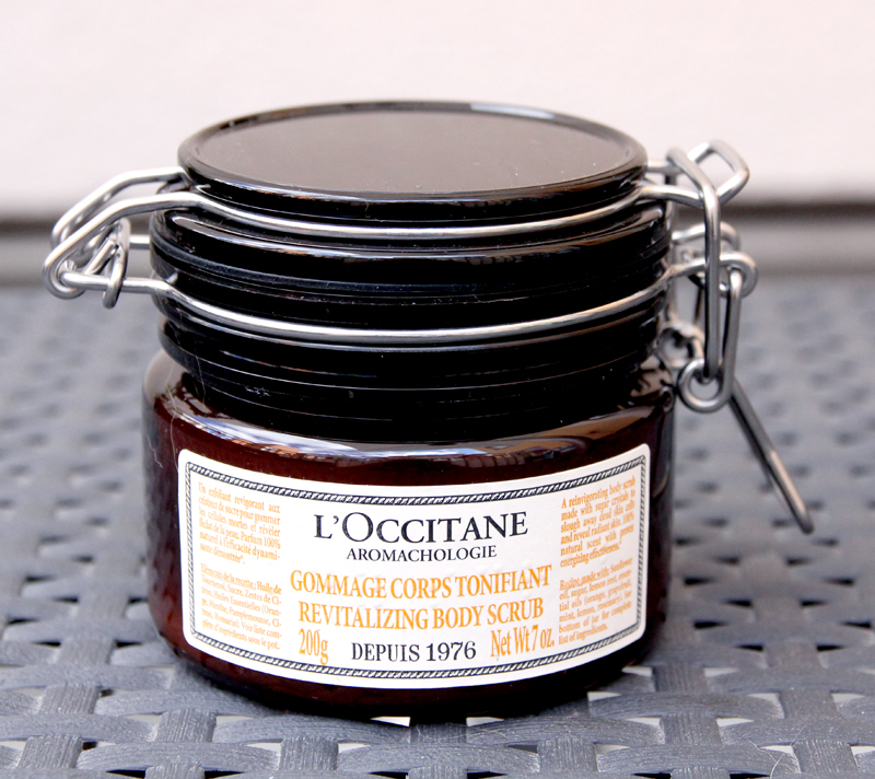 L'occitane revitalizing body scrub