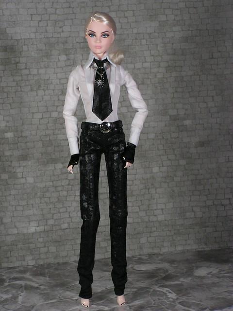 2014 Karl Lagerfeld Barbie BCP92 (17)