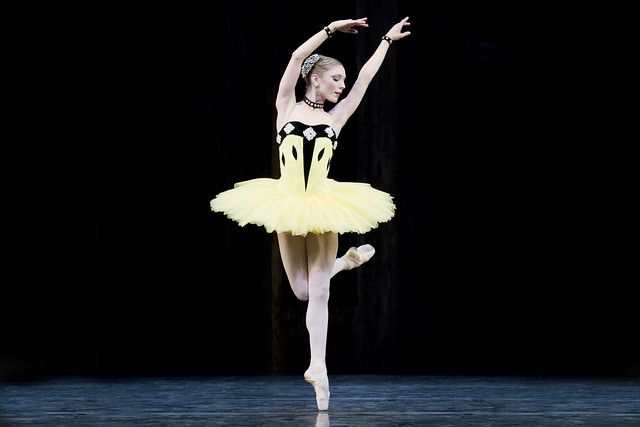 Sarah Lamb in Scènes de ballet, The Royal Ballet © ROH/Johan Persson, 2011