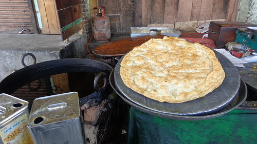 india asia srinagar kashmir food naan bread breads