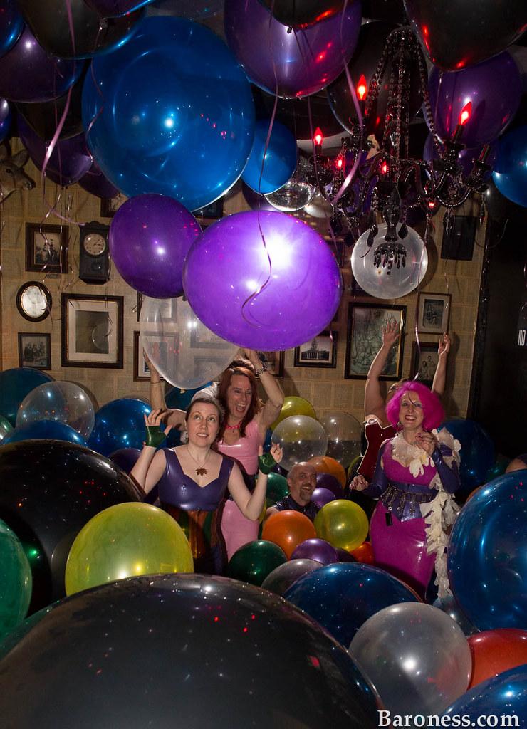 Balloon fetish site