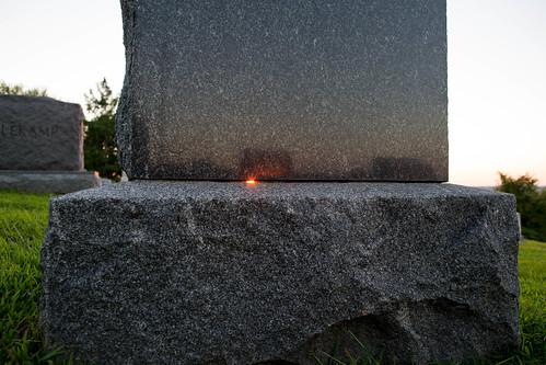 sunset sun cemetery grave tombstone