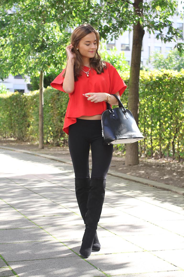 New in: Zara Over Knee Boots