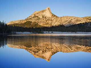 Lower Cathedral Lake, Yosemite National Park, California, USA