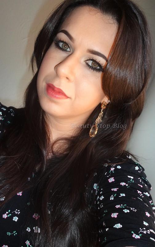 tutorial maquiagem dourada com brilho delineado gatinho festa beauty stop blog bruna reis rosto