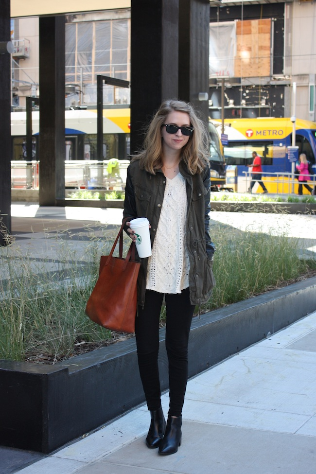 chelsea+lane+truelane+zipped+blog+minneapolis+midwest+fashion+style+blogger+aritzia+free+people+jcrew+zara+black+leather+ankle+booties+madewell+transport+tote1
