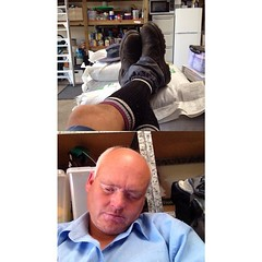 Feet up for lunch #whereIwork at Tea Gardens #frontback @frontbackapp