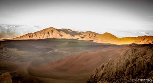 longexposure light sunset sky sunlight mountain color clouds volcano hawaii nationalpark nikon rocks shadows maui le haleakala crater summit cinder haleakalanationalpark hawaiianislands d90 outdoorphotography tamron1750