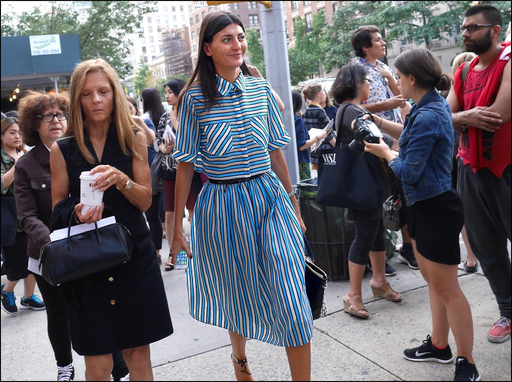 FW9-14  46w Giovanna Battaglia blue white and black stripped top with matching long skirt
