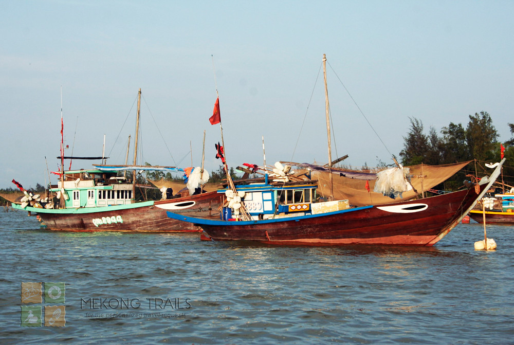boat-on-thu-bon-river-hoian