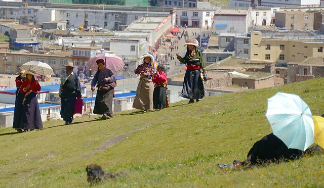 Leisure time along the kora of Sershul Gonpa, Tibet 2014