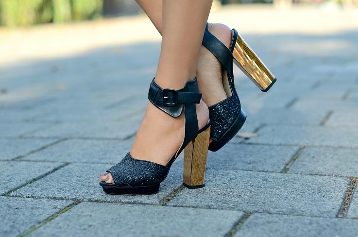 DSC_9807 Zara strapped heels