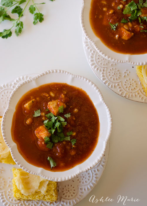 some great mexican flavors come together for a fast and easy soup, talk about comfort food!