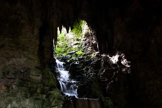 Cascade dans la grotte du Parc des Buttes Chaumont