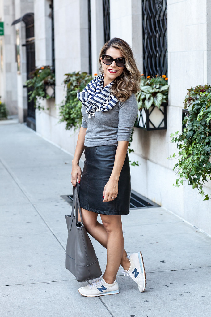 Casual Outfit | Leather Skirt