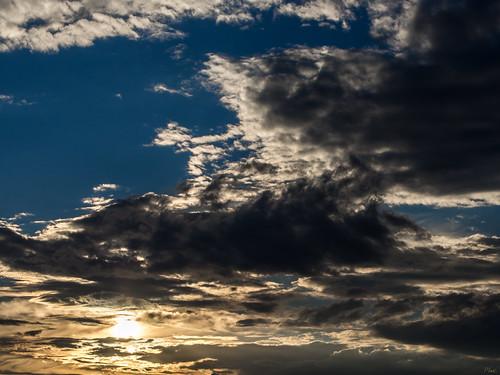 sunset soleil chaos cloudy coucher nuages cordelle