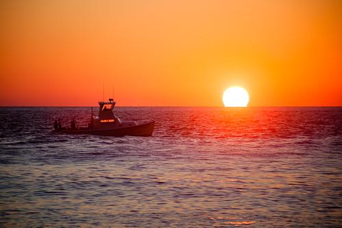 ocean morning newyork water sunrise boat fishing clear fishingboat montaukpoint