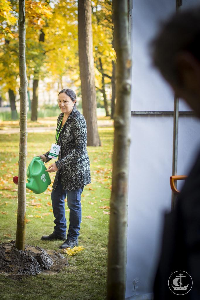 3 октября 2014, Посадка деревьев в Михайловском саду Русского музея / 3 October 2014, Planting trees in the Mikhailovsky garden of the Russian Museum