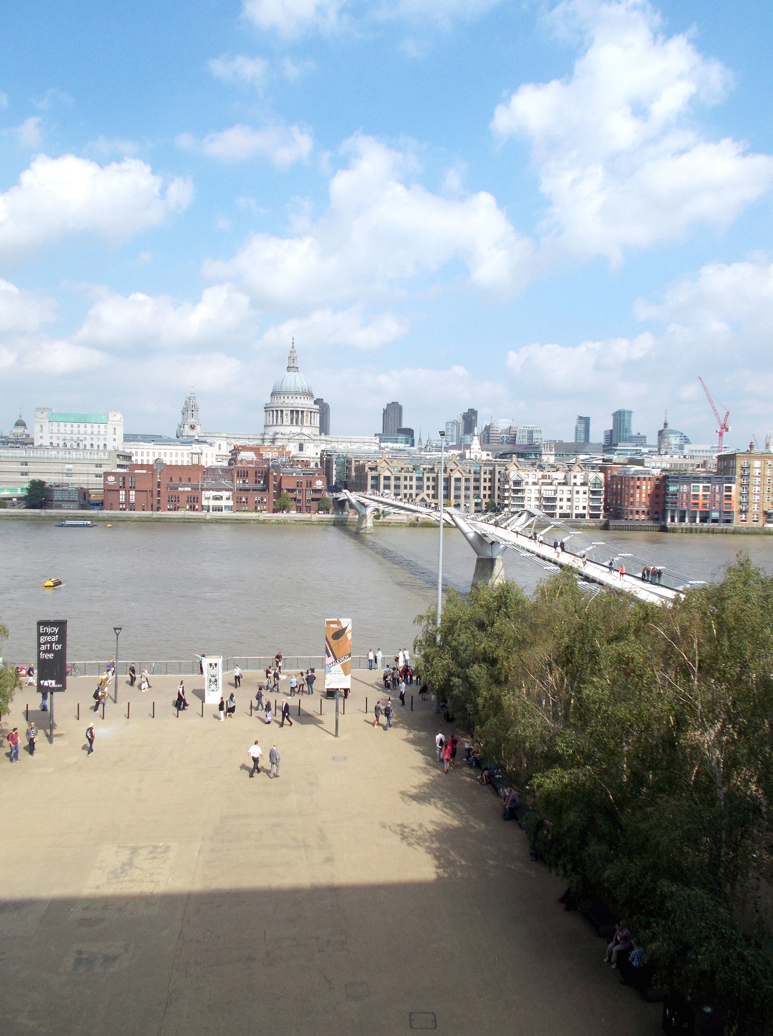LONDON 1281