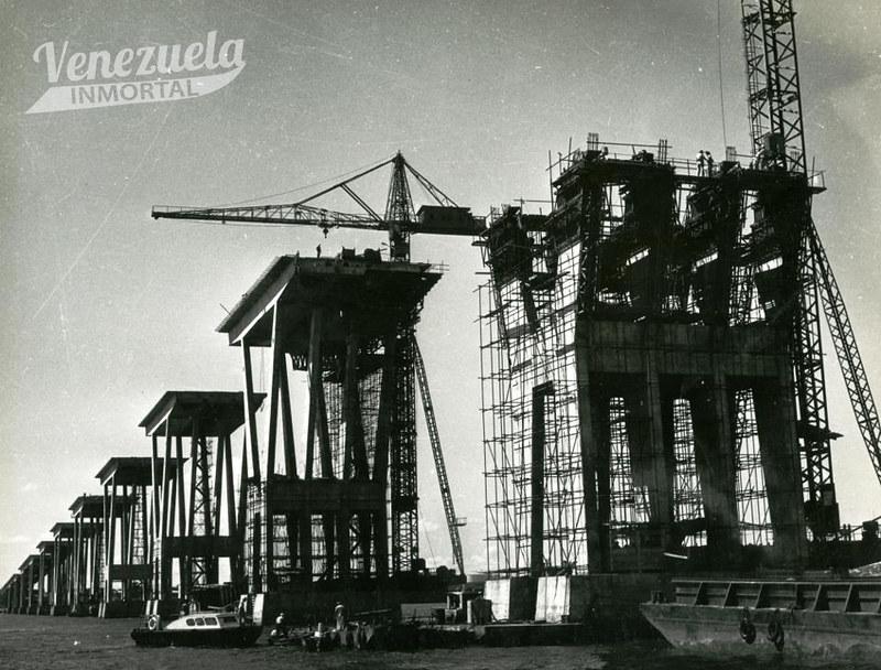 construccion puente sobre el lago8