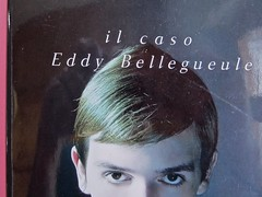Édouard Louis, Il caso Eddy Bellegueule. Bompiani 2014. Progetto grafico: Polystudio; Imm. alla cop.: ©Hans Neleman/Corbis; fotog. dell'autore: John Foley/Seuil. Prima di sovracop. (part.), 5