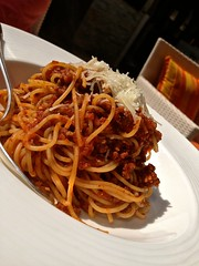 meal, fried noodles, bucatini, spaghetti, bolognese sauce, produce, food, dish, carbonara, cuisine, chow mein,