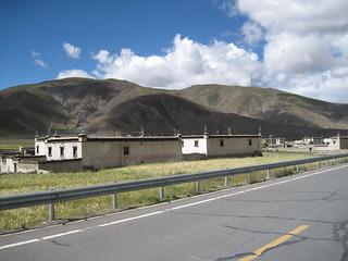 Tibetan housing