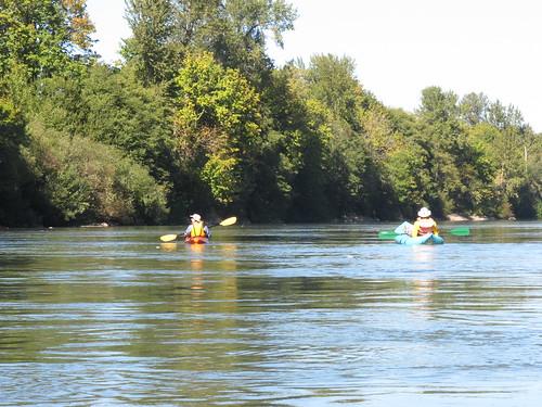 Peoria-Corvallis-Willamette-kayak-10-141003