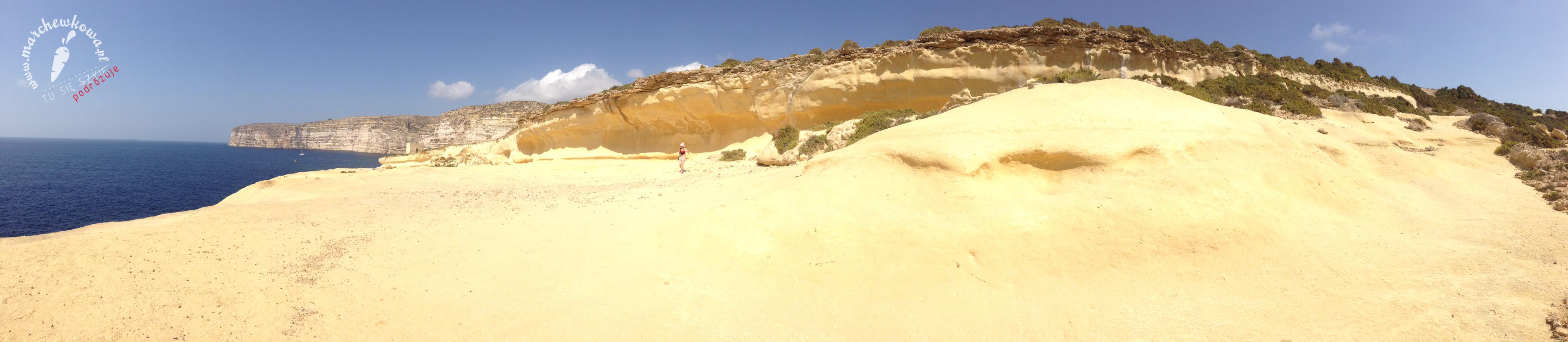 Malta happened, wakacje na Malcie, koszty, ile euro zabrać ze sobą, ile kosztuje jedzenie, Gozo, prom, morze, podróż, lot, Ryanair, ceny biletów lotniczych na Maltę, wylot z Wrocławia, urlop, wycieczka, plaże, tradycyjne jedzenie, Airbnb, zakwaterowanie