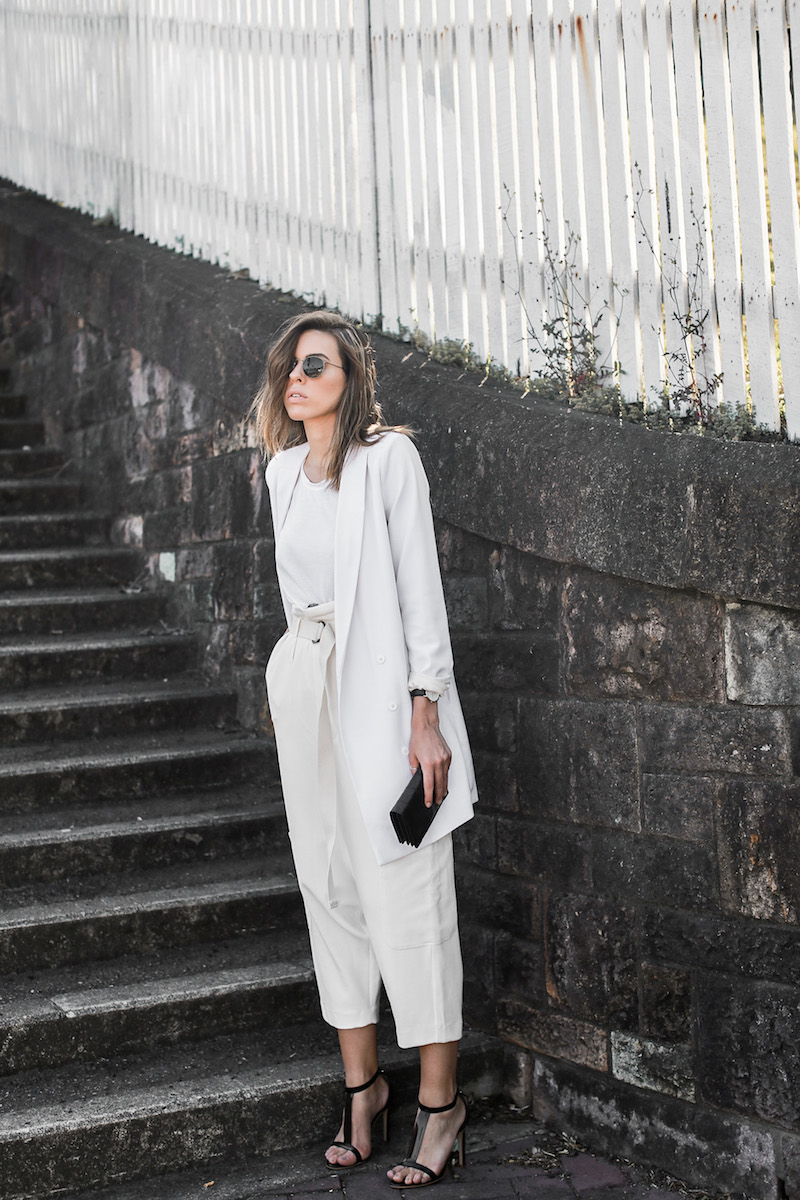 modern legacy fashion blog street style all white suit Bassike slouch pants T Bar Mode Collective heels muscle tank work office wear (1 of 11)